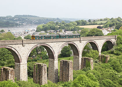 GWR train on the Maritime Line between Truro and Falmouth
